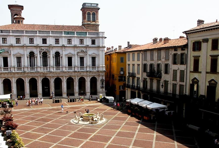 piazzavecchia1